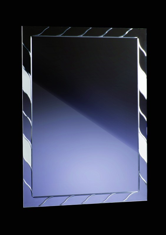 0008L – GRAWER ZDOBIONY MATEM